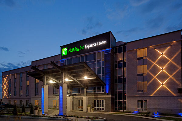 Holiday inn express suites de saint hyacinthe remporte for Porte et fenetre quebecoise st hyacinthe