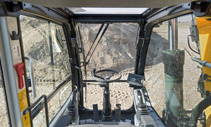 Machinerie ergonomique : tout le monde y gagne - photo : Liebherr